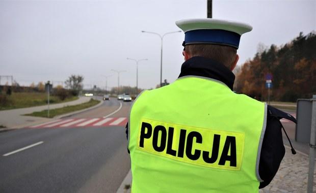 Potrącił policjanta i uciekł. Zarzuty dla kierowcy