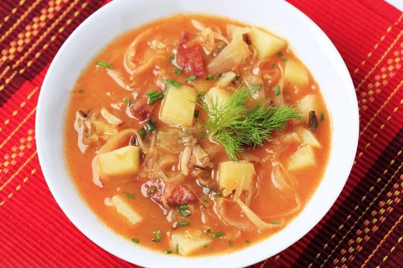 Potrawka z ziemniakami i koperkiem /123RF/PICSEL