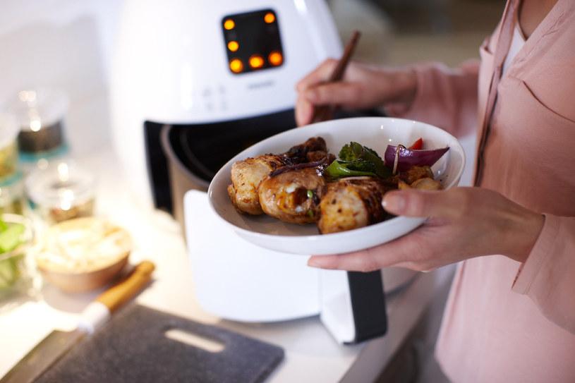 Potrawy przygotoywane w Philips Airfryer mają znacznie mniej tłuszczu /materiały prasowe