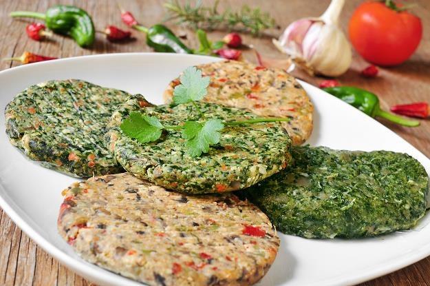 Potrawy wegetariańskie zdobywają rynek /©123RF/PICSEL