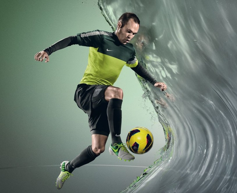 Potrzebę lepszego panowania nad piłką odczuwał nawet mistrz środka pola - Andres Iniesta /materiały prasowe