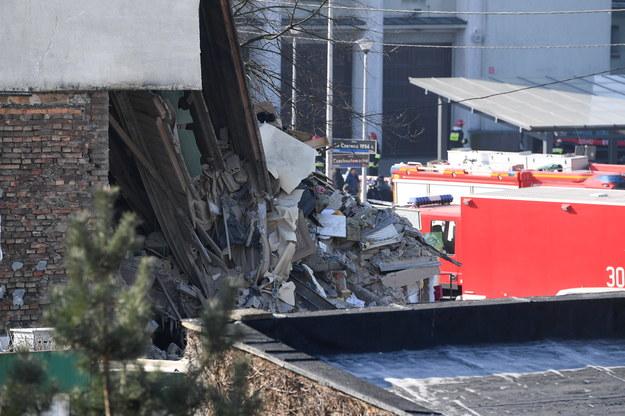Potwierdzają się nieoficjalne informacje reporterów RMF FM o morderstwie kobiety przed wybuchem na poznańskim Dębcu /Jakub Kaczmarczyk /PAP