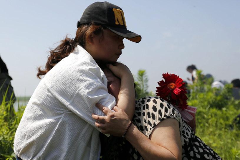 Potwierdzono śmierć 396 ofiar katastrofy statku /PAP/EPA