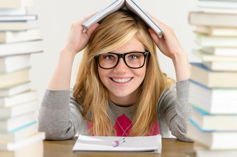 """""""Poważne błędy wynikają z tego, że uczniowie mają problem z czytaniem ze zrozumieniem zadań"""" /123RF/PICSEL"""