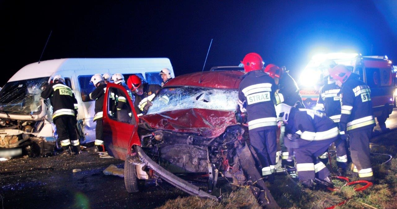 Poważny wypadek niedaleko Opola. Jest ofiara śmiertelna i wielu rannych