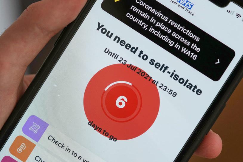 Powiadomienie w aplikacji NHS /Christopher Furlong / Staff /Getty Images