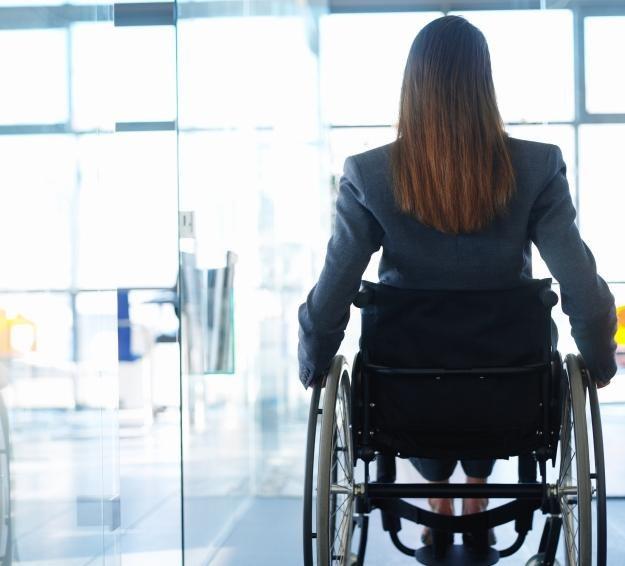 Powiat kielecki hojniejszy dla niepełnosprawnych /© Bauer