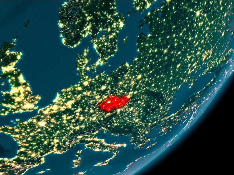"""Powierzchnia Czech to aż 80 tys. kilometrów kwadratowych. Organizator zabawy mówi, że auto może być """"dosłownie wszędzie"""" /Harlekino /East News"""