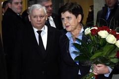 Powitanie premier Szydło na warszawskim lotnisku