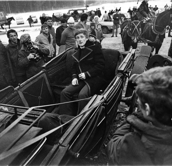 Powitanie mistrza olimpijskiego Wojciecha Fortuny po powrocie z Igrzysk Olimpijskich w Sapporo, Zakopane, 1972