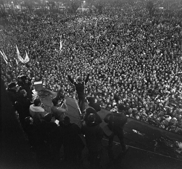 Powitanie mistrza olimpijskiego Wojciecha Fortuny w Zakopanem po powrocie z Igrzysk Olimpijskich w Sapporo, Zakopane, 19.02.1972