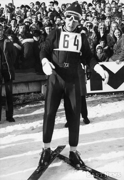 Wojciech Fortuna (w kombinezonie, w którym zdobył olimpijskie zloto) podczas Mistrzostw Polski w Zakopanem, na pierwszych zawodach po Igrzyskak w Sapporo, Zakopane 1972