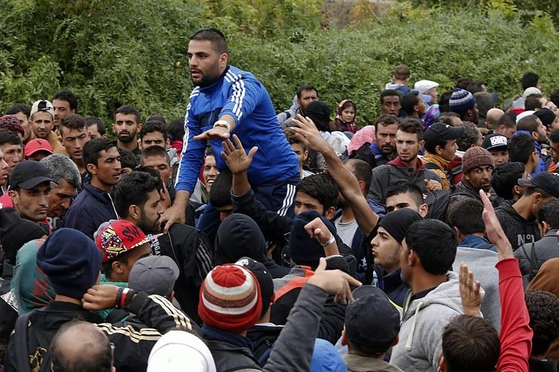 Powodem napięcia w stosunkach jest napływ uchodźców /PAP/EPA
