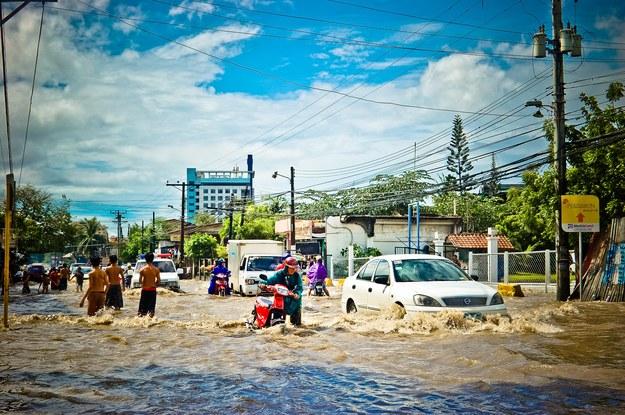 Powódź w nadmorskim mieście Cebu na Filipinach /J Lloa /Materiały prasowe
