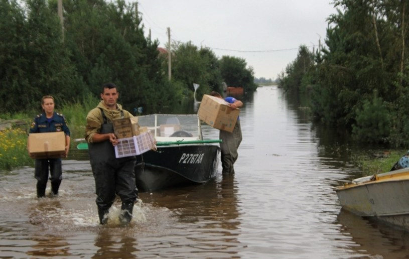 Powódź w Rosji /PAP/EPA