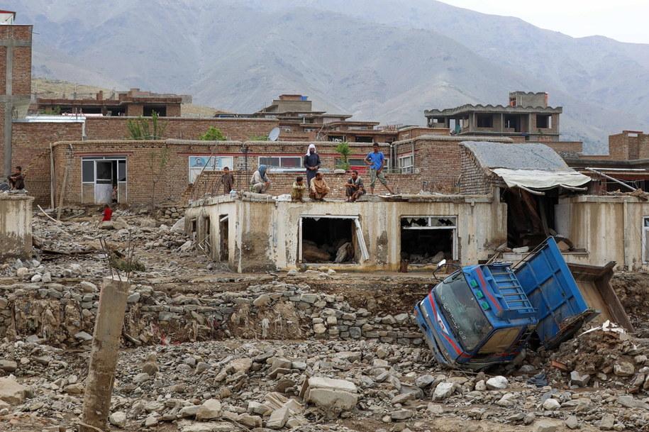 Powódź zniszczyła setki domów /HEDAYATULLAH AMID /PAP/EPA
