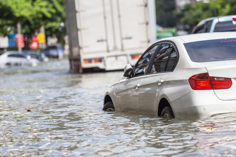 Powodzie będą jeszcze gorsze. Wszystko przez Księżyc /123RF/PICSEL