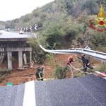 Powodzie w Europie: Ofiary śmiertelne we Francji, we Włoszech zarwał się wiadukt