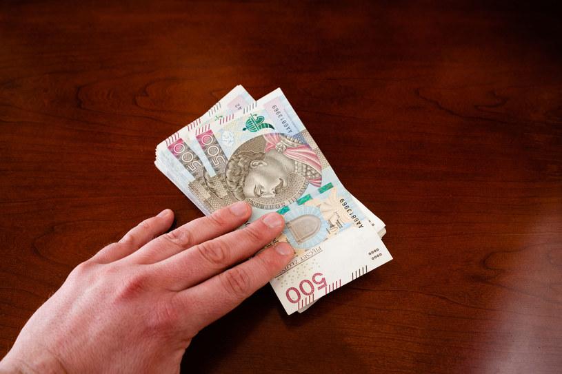 Powraca temat regionalizacji płacy minimalnej w naszym kraju /123RF/PICSEL