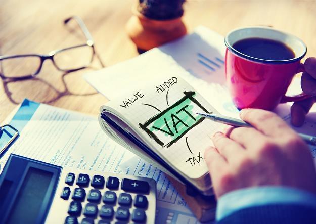 Powrót do zwolnienia w VAT w trakcie roku możliwy po spełnieniu warunków /©123RF/PICSEL