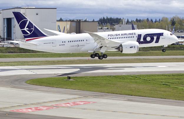 Powrót samolotu LOT wymusili pasażerowie (zdjęcie ilustracyjne) /AFP