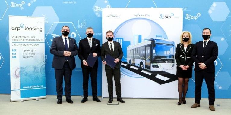 Powstanie elektryczny autobus ARP E-Vehicles - porozumienie o jego produkcji zawarły dzisiaj spółki z Grupy Agencji Rozwoju Przemysłu - ARP E-Vehicles oraz ARP Leasing. Źródło zdjęcia: ARP /