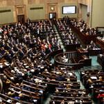 Powstanie Krajowa Administracja Skarbowa. Przeciwni jej utworzeniu byli m.in celnicy