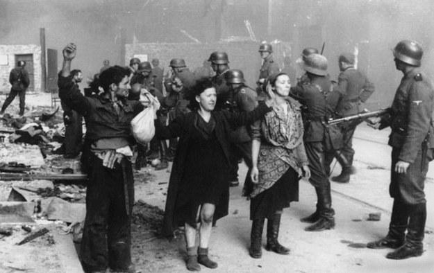 Powstanie w getcie warszawskim, 1943 /DPA /PAP
