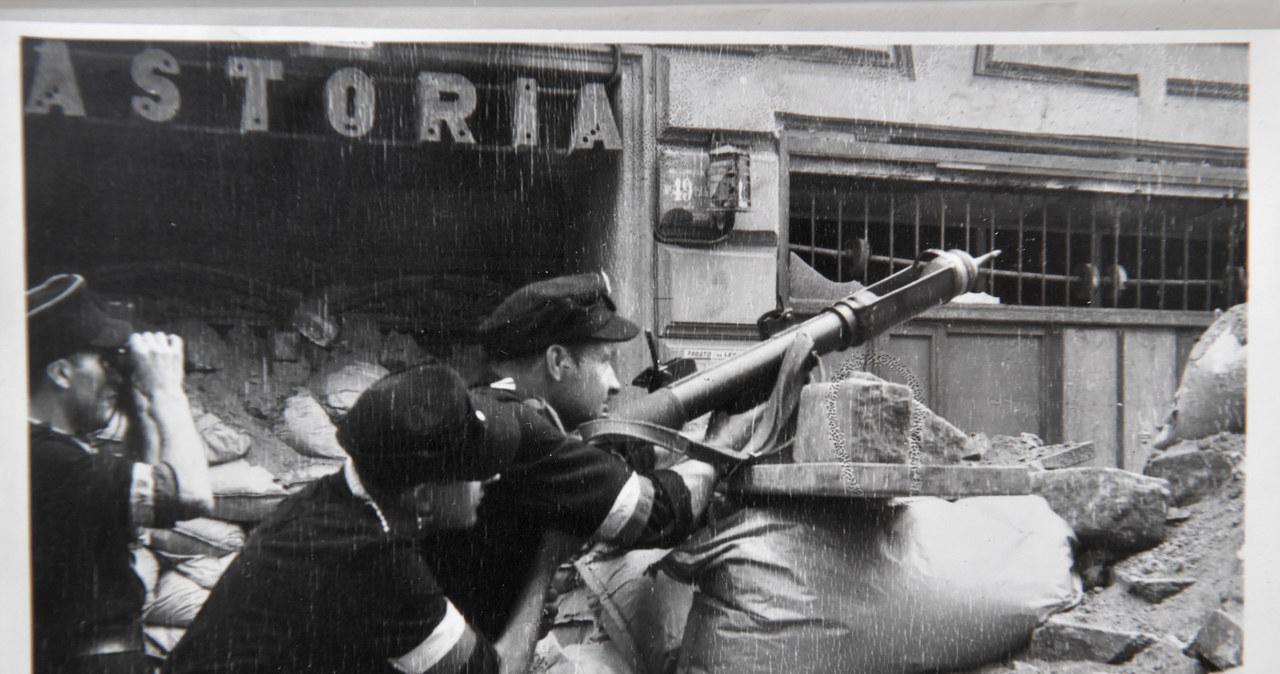 Powstanie Warszawskie: 77 lat temu dowĂłdca AK gen. T. Komorowski
