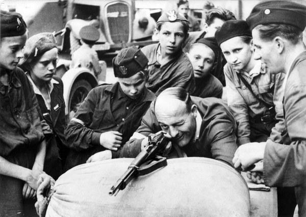 Powstanie Warszawskie, nauka strzelania