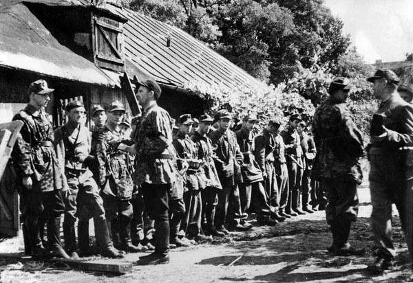 Powstanie Warszawskie, odprawa przed akcją na Woli