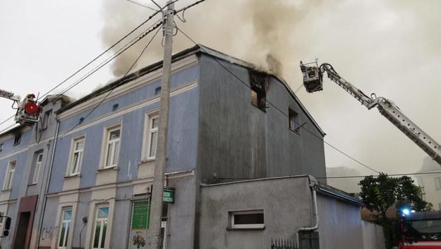 Pożar kamienicy /Straż Pożarna /PSP