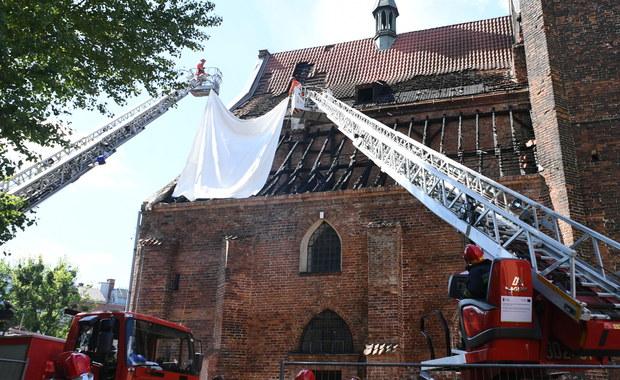 Pożar kościoła św. Piotra i Pawła w Gdańsku. Dulkiewicz zapowiada pomoc finansową