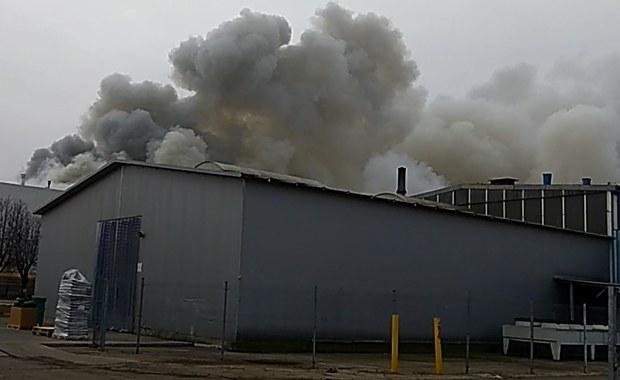 Pożar lakierni w fabryce naczep w Wieluniu jest opanowany