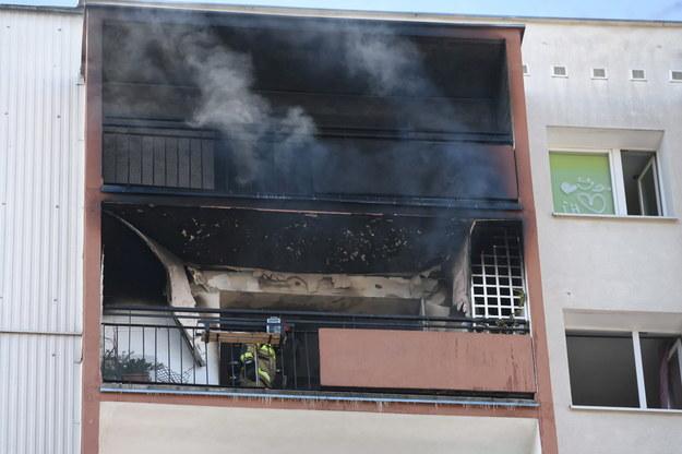 Pożar mieszkania w bloku przy ul. Keplera na osiedlu Kopernika w Poznaniu /Jakub Kaczmarczyk /PAP