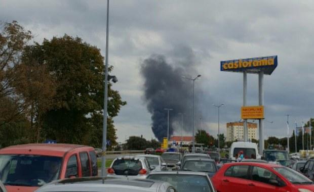 Pożar na terenie fabryki kotłów w Rumi