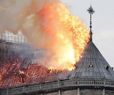 Pożar Notre Dame. Śledczy: Przyczyną prawdopodobnie zwarcie elektryczne