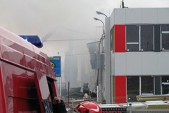 Pożar pawilonu handlowego w Łodzi
