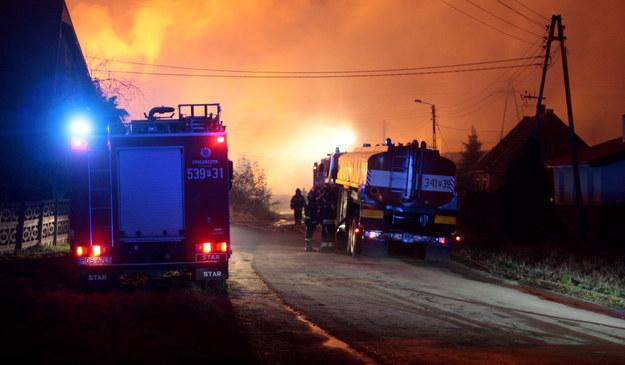 Pożar po wybuchu gazu w Jankowie /Tomasz Wojtasik /PAP