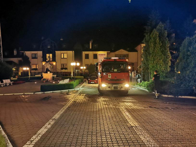 Pożar przed budynkiem Radia Maryja /GRZEGORZ OLKOWSKI/POLSKA PRESS /East News