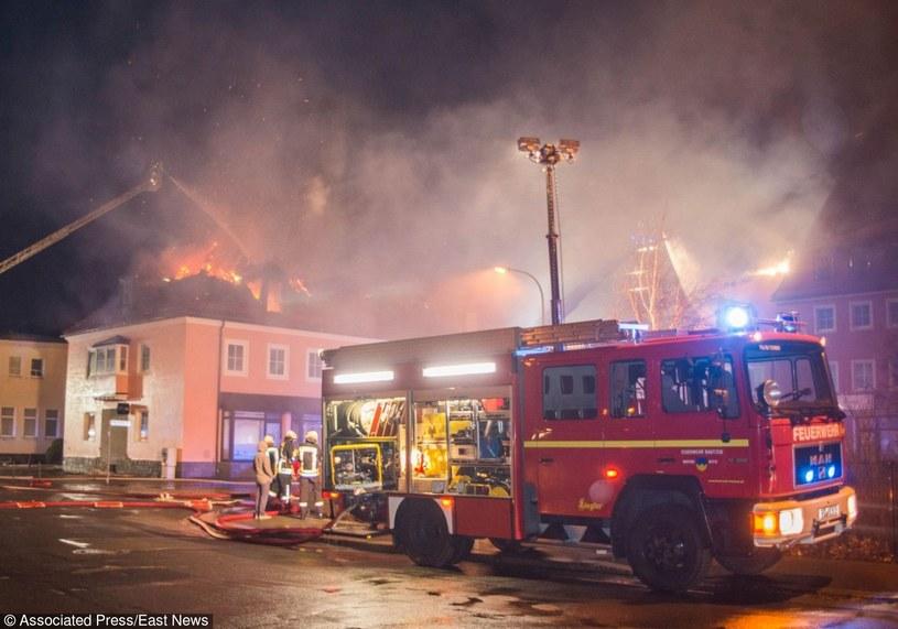 Pożar schroniska dla uchodźców w Budziszynie /Fotolink /AP