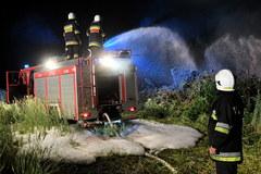 Pożar składowiska odpadów chemicznych we wsi Wszedzień