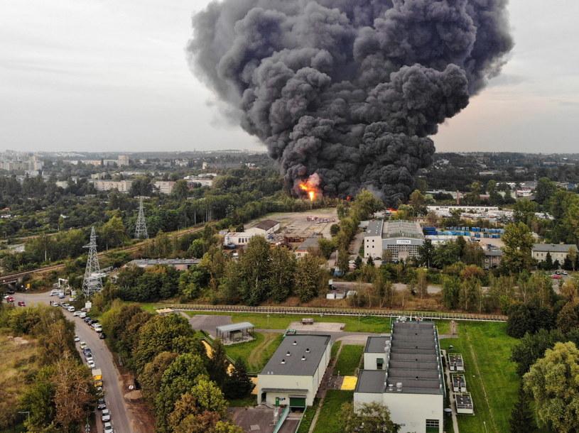 Pożar składowiska odpadów w Sosnowcu / Andrzej Grygiel    /PAP