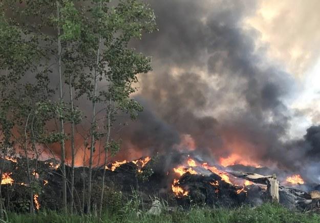 Pożar składowiska opon w Trzebini wybuchł w nocy z 26 na 27 maja /Marek Wiosło /RMF FM