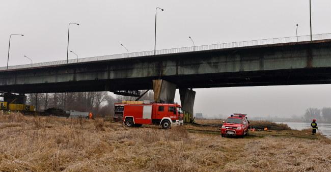 Pożar ugaszono po kilkunastu godzinach /Marcin Obara /PAP