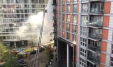 Pożar w Londynie. Płonie kilka pięter wieżowca
