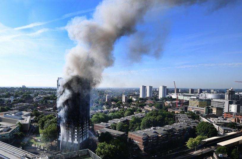 Pożar w Londynie /PAP/EPA