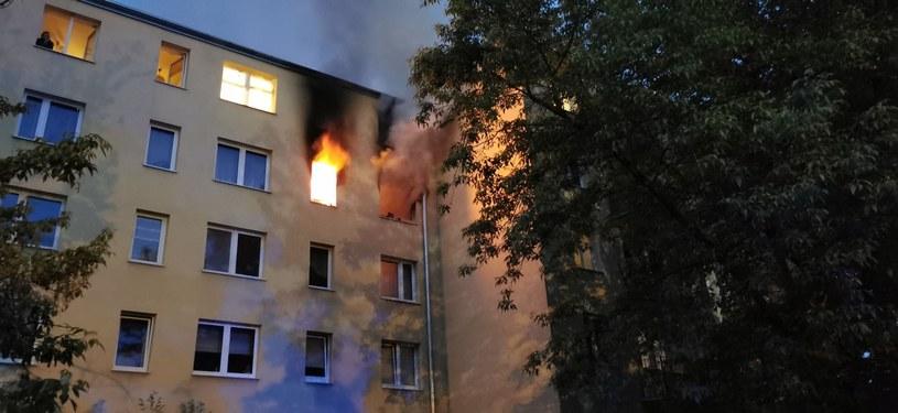 Pożar w Pruszkowie. Nastolatek nie żyje, kobieta w ciężkim stanie /OSP Piastów /materiał zewnętrzny