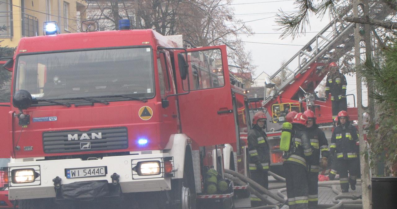 Pożar w Rembertowie. Nie żyją 3 osoby
