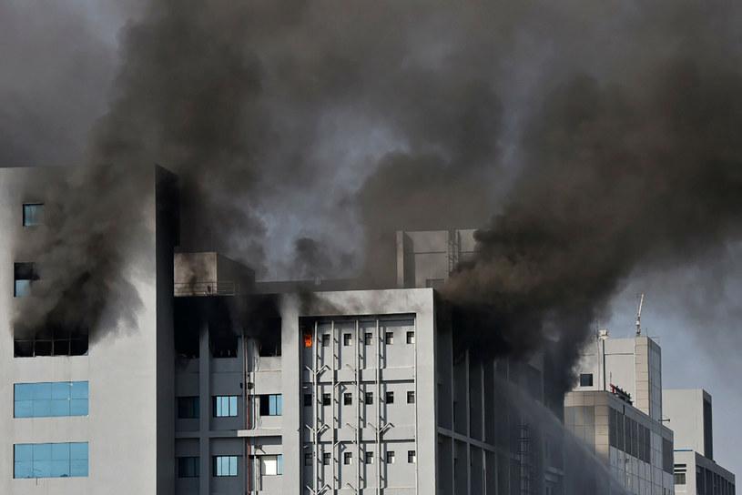 Pożar wybuchł na terenie obiektu należącego do Serum Institute of India /AFP/EAST NEWS /East News